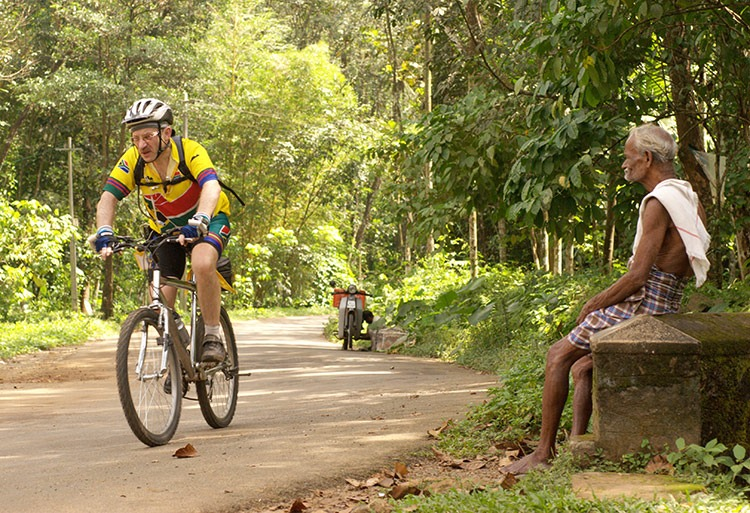 cycling-holidays-in-india-kerala-cycling-adventure