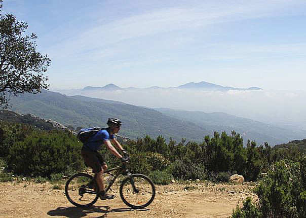 Mountain-biking-holiday-in-spain-The-ultimate-cross-country-MTB-journey-2
