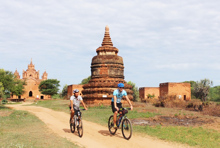 cycling-holida-in-burma
