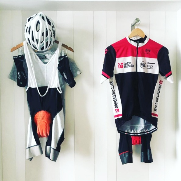 how-to-wash-your-cycling-kit-when-travel