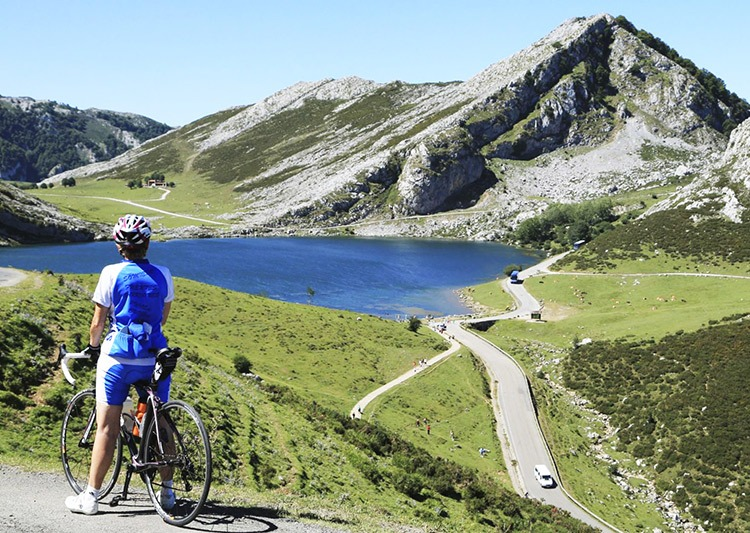 Cycling-holidays-guides-2