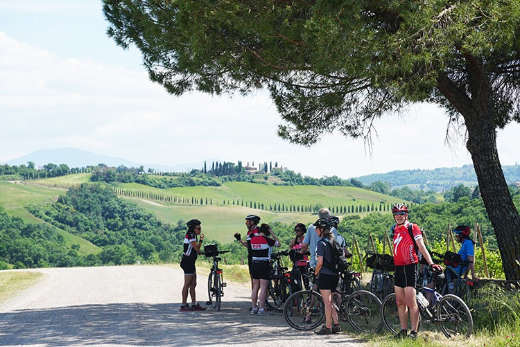 Italy-Via-Francigena-Tuscany-to-Rome-Leisure-Cycling-Holiday-bikes