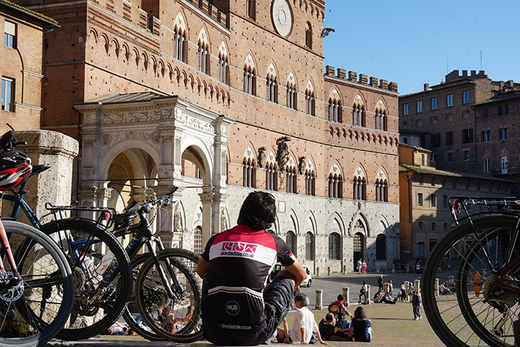 Italy-Via-Francigena-Tuscany-to-Rome-Leisure-Cycling-Holiday