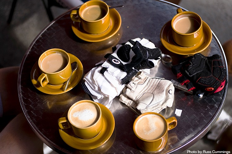 cycling-breakfast-coffee
