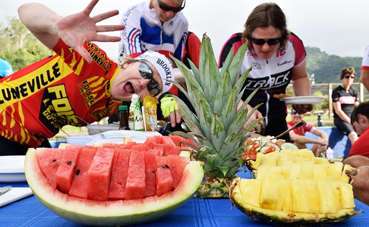 cycling-breakfast-fruits