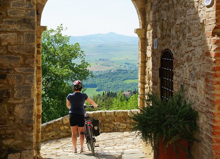 North VS South: Your guide to Italian cycling