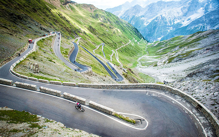 Customer Story: Stelvio, so good we climbed it twice