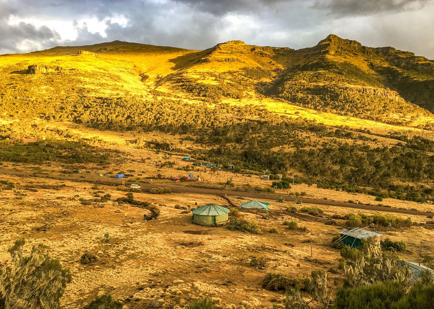 mountain-range-scenery-ethiopia-cycling-holiday.jpg - NEW! Ethiopia - Enchanting Ethiopia - Cycling Adventures