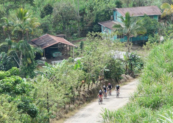 Cycling-Holiday-adventures-in-Costa-rica-volcanes-y-playas-8.jpg - Costa Rica - Volcanes y Playas - Cycling Adventures
