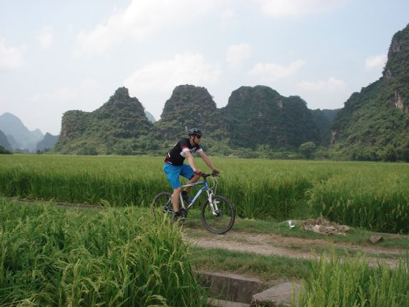 chinacyclingadventure14.JPG - China - Guilin and Guangxi - Cycling Adventures