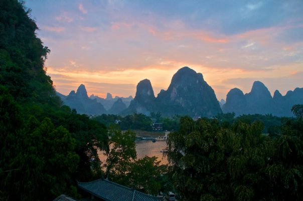chinacyclingadventure48innesgarden.jpg - China - Guilin and Guangxi - Cycling Adventures