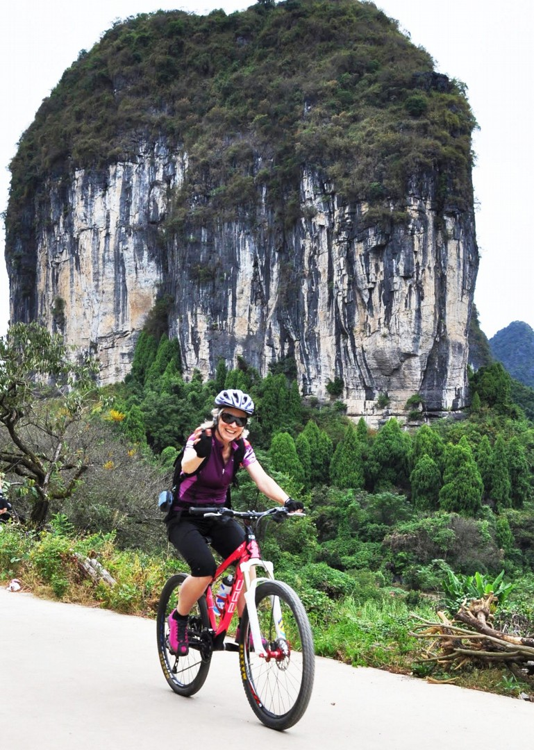 001-087.jpg - China - Guilin and Guangxi - Cycling Adventures