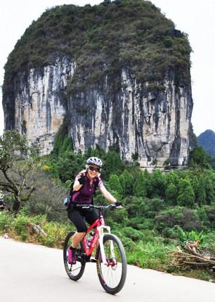 001-087.jpg - China - Guilin and Guangxi - Cycling Adventures