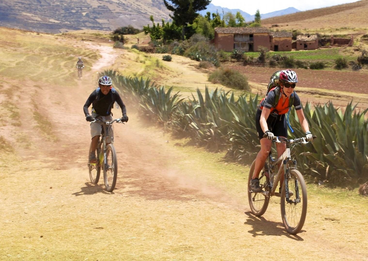 BAS Bike asalt.jpg - Peru - Andes, Amazon and Machu Picchu - Cycling Adventures