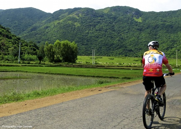 cycling-adventure-vietnam-landscape-view-countryside.jpg - Vietnam - Mountains and Coast - Cycling Adventures