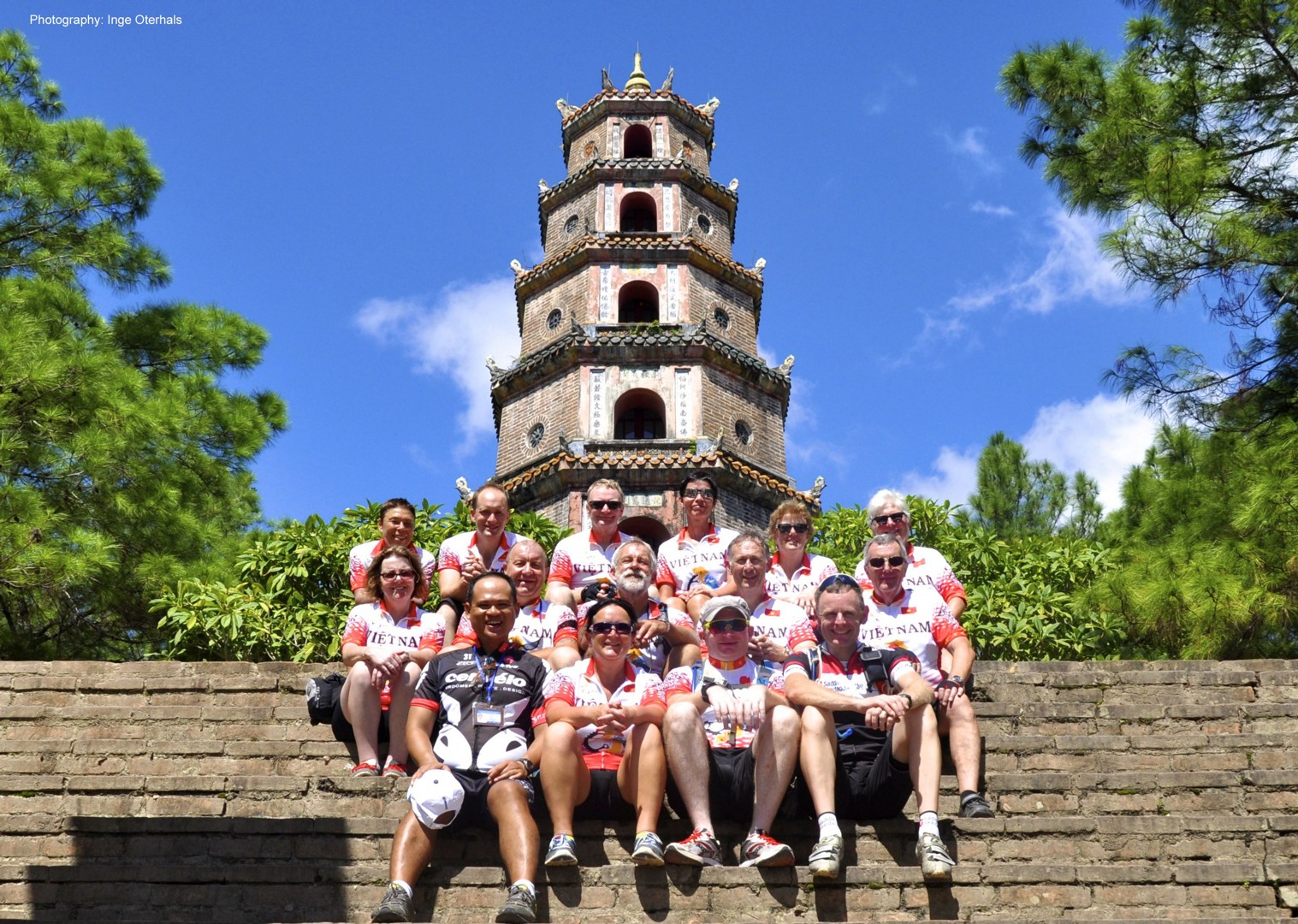 cycling-adventure-vietnam-temple.jpg - Vietnam - Mountains and Coast - Cycling Adventures