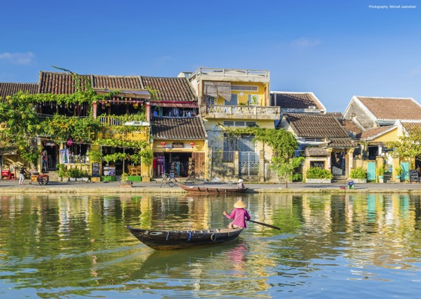 cycling-adventure-vietnam-hoian.jpg - Vietnam - Mountains and Coast - Cycling Adventures