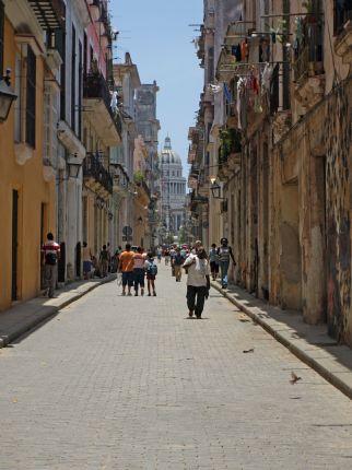 Backstreet.jpg - Cuba - Cuban Wheels - Cycling Adventures