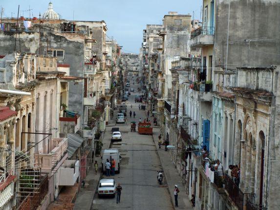 Havana Street Life.jpg - Cuba - Cuban Wheels - Cycling Adventures