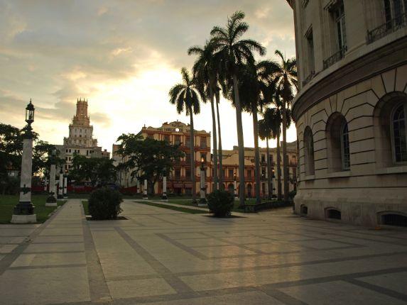 Centro Havana Sunset.jpg - Cuba - Cuban Wheels - Cycling Adventures