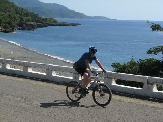 Brochure shot2.jpg - Cuba - Cuban Wheels - Cycling Adventures