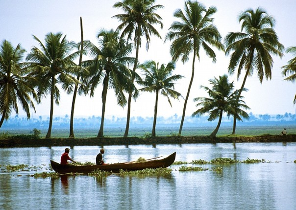 fishing.jpg - India - Classic Kerala - Cycling Adventures
