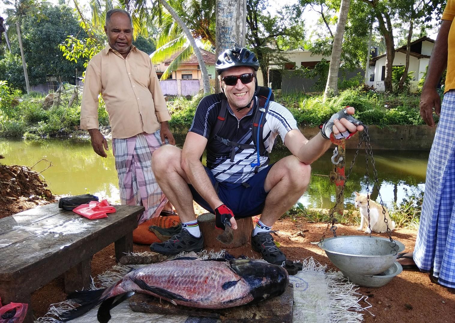 authentic-local-experience-cycling-adventure-sri-lanka.jpg - Sri Lanka - Backroads and Beaches - Cycling Adventures