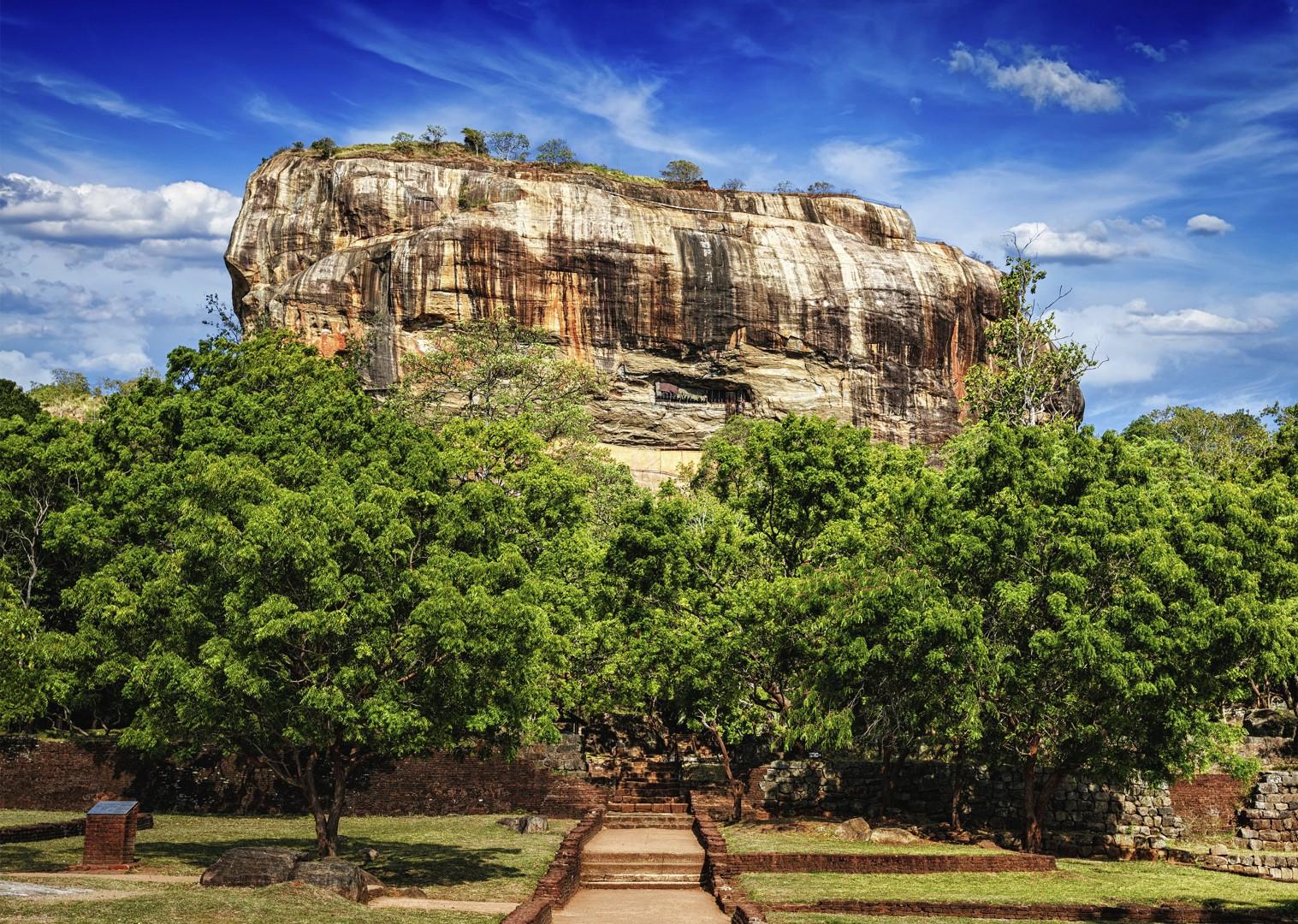 cycling-adventure-in-sri-lanka-sigiriya-lionrock.jpg - Sri Lanka - Backroads and Beaches - Cycling Adventures