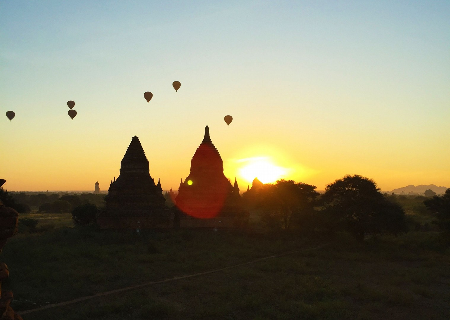 sunset-guided-group-cycling-burma.jpg - Myanmar (Burma) - Bagan and Beyond - Cycling Adventures