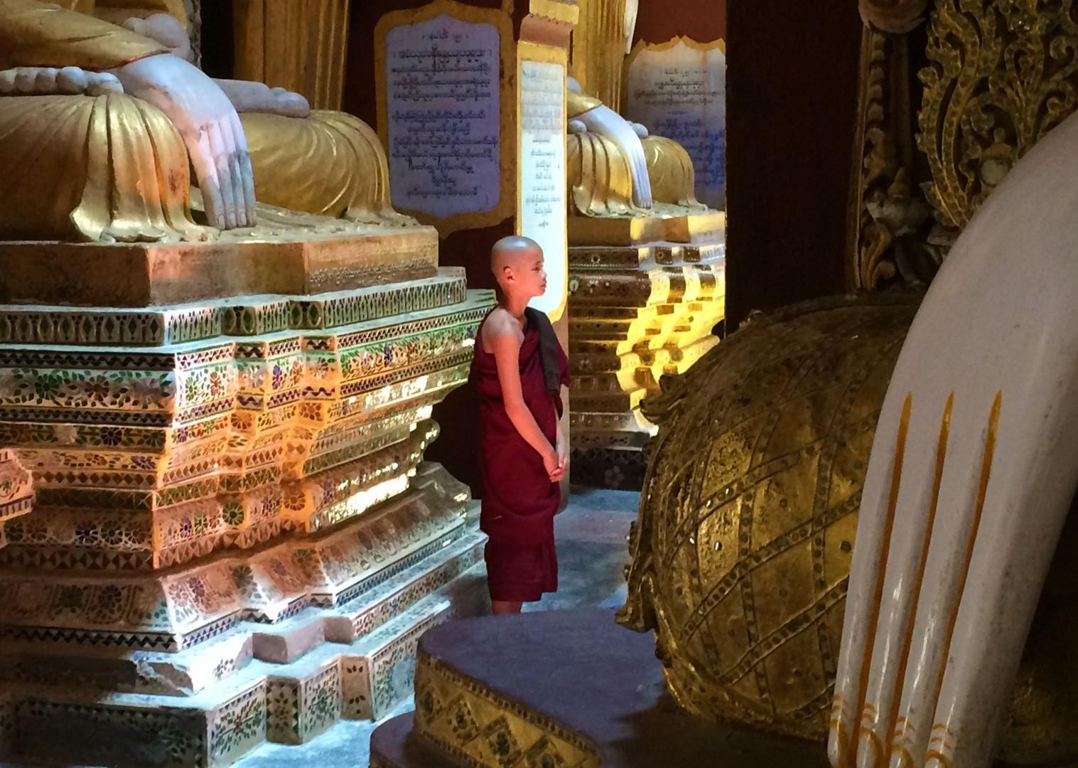 authentic-experience-burma-group-cycling-holidays.jpg - Myanmar (Burma) - Bagan and Beyond - Cycling Adventures