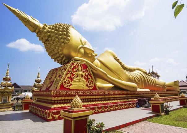 cycling-adventure-laus-WatPhaThatLuang-Vientiane.jpg - Laos - Hidden Treasures of Laos - Cycling Adventures