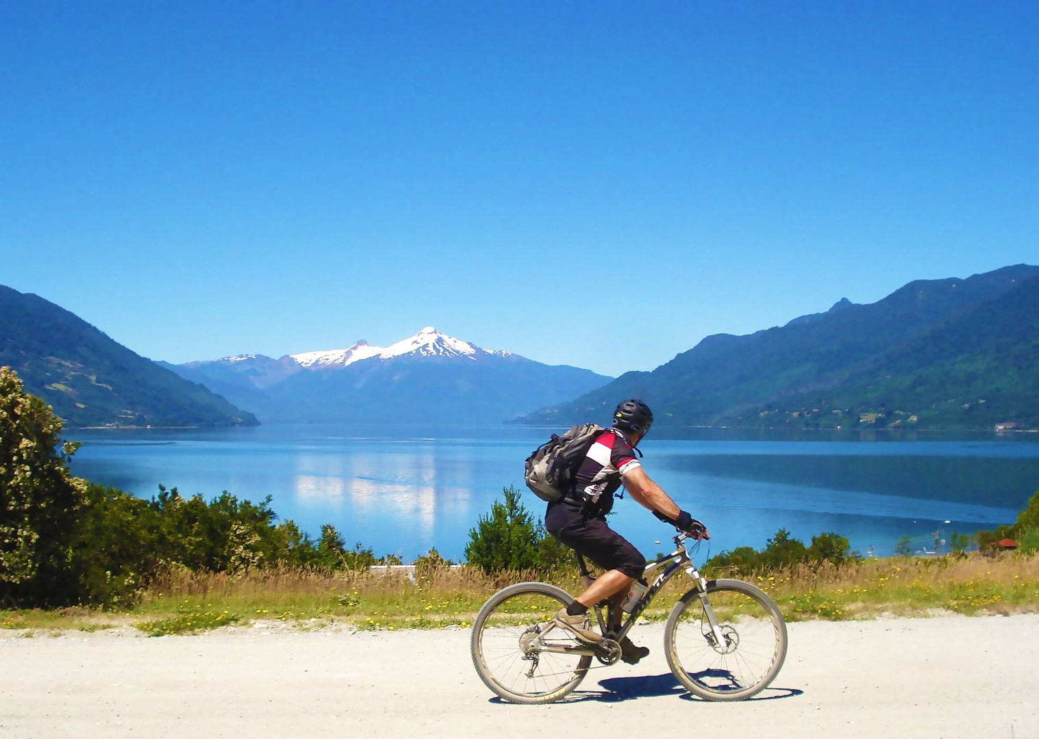 chile-cycling-holiday-volcano-adventure-nature.jpg - Chile and Argentinian - Lake District - Cycling Adventures