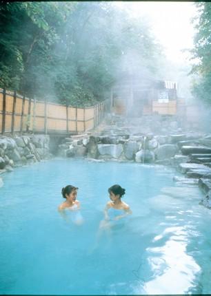 hot-baths-japan-fuji-to-kyoto-cycling-holiday-cycling-adventure.jpg - Japan - Classic Japan - Fuji to Kyoto - Cycling Holiday - Cycling Adventures