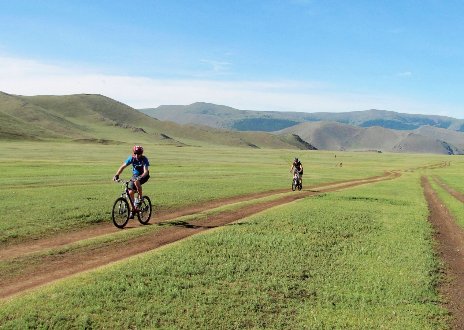 mongolia-bike-holiday-cycling-holiday-in-mongolia.jpg - NEW! Mongolia - Route of the Nomads - Cycling Adventures