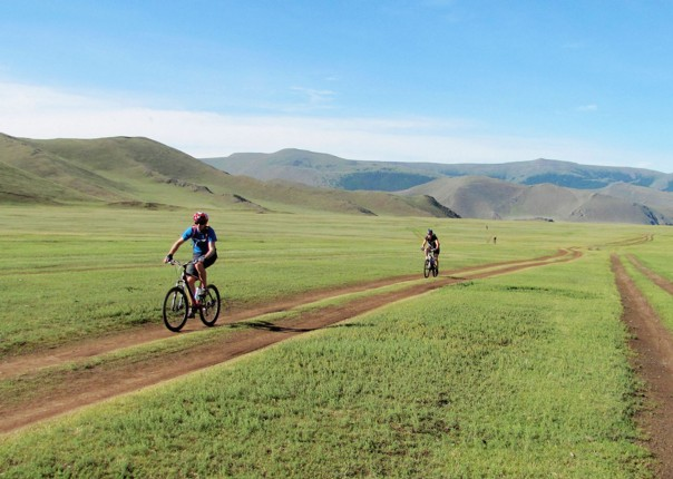 mongolia-bike-holiday-cycling-holiday-in-mongolia.jpg