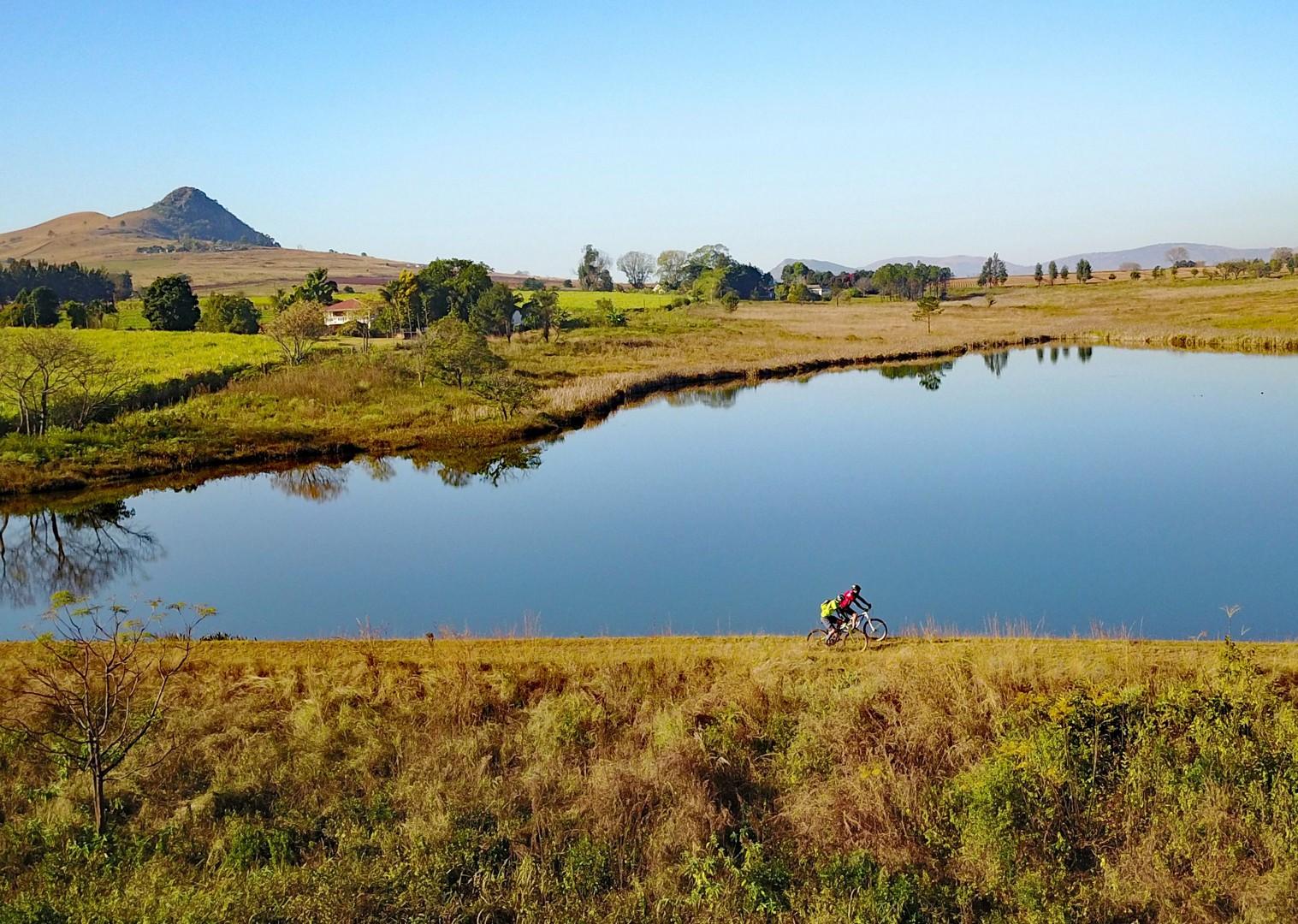 Riding over the dam.jpg - Swaziland (Eswatini) - Cycling Safari - Cycling Adventures