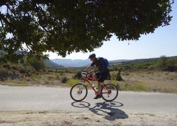 mountainbikingsardinia2.jpg - Sardinia - Coast to Coast - Guided Mountain Bike Holiday - Mountain Biking
