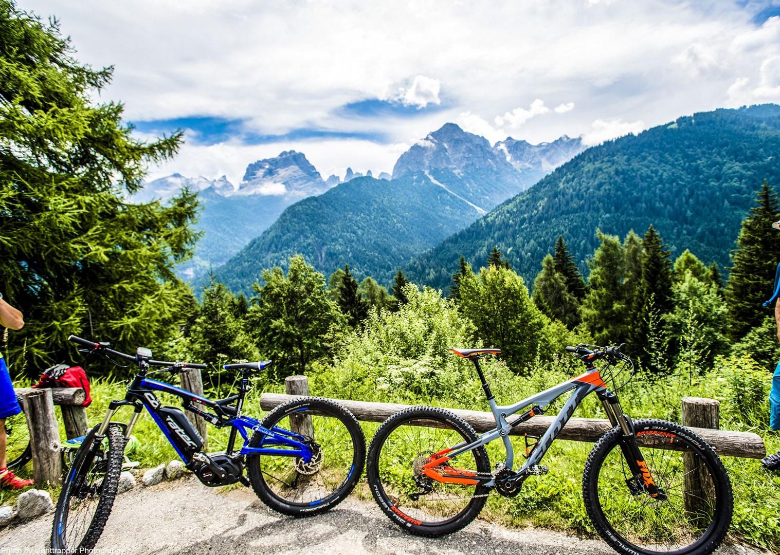 saddle_skedaddle_italy_2017_day6_brenta_dolomites_72-2.jpg - Italy - Dolomites of Brenta - Electric Mountain Bike Holiday - Mountain Biking