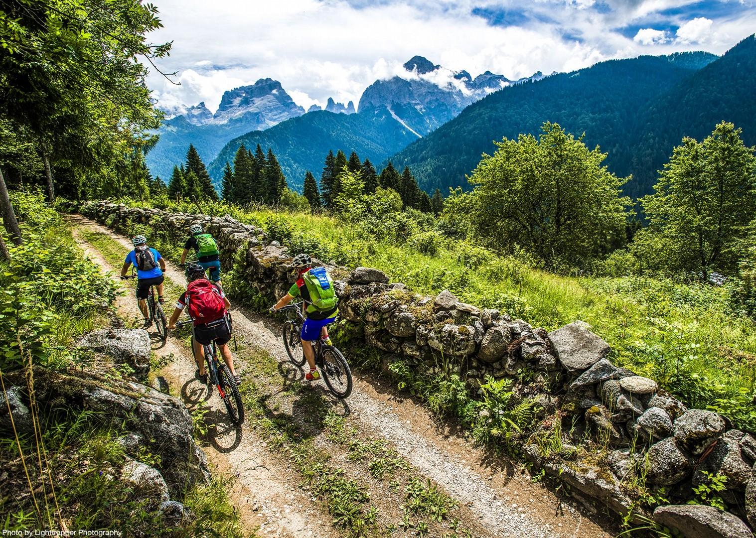 saddle_skedaddle_italy_2017_day6_brenta_dolomites_76-2.jpg - Italy - Dolomites of Brenta - Electric Mountain Bike Holiday - Mountain Biking