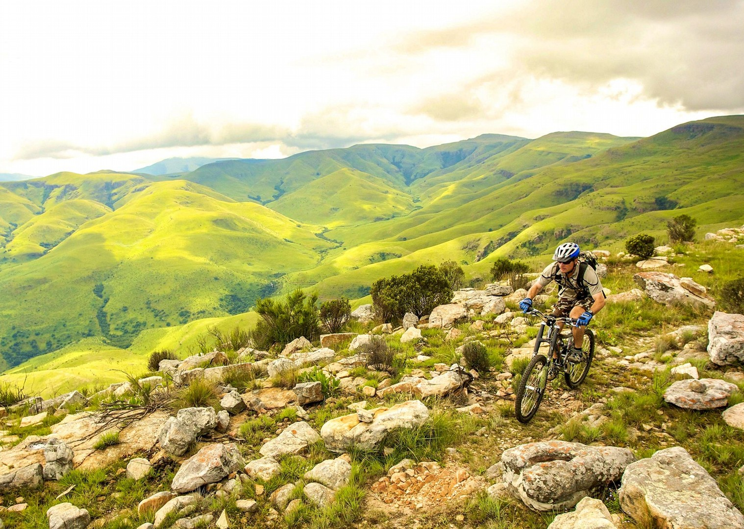 mountain-biking-south-africa-and-botswana-skedaddle-holiday-guided-trip.jpg - NEW! South Africa and Botswana - Mountain Biking