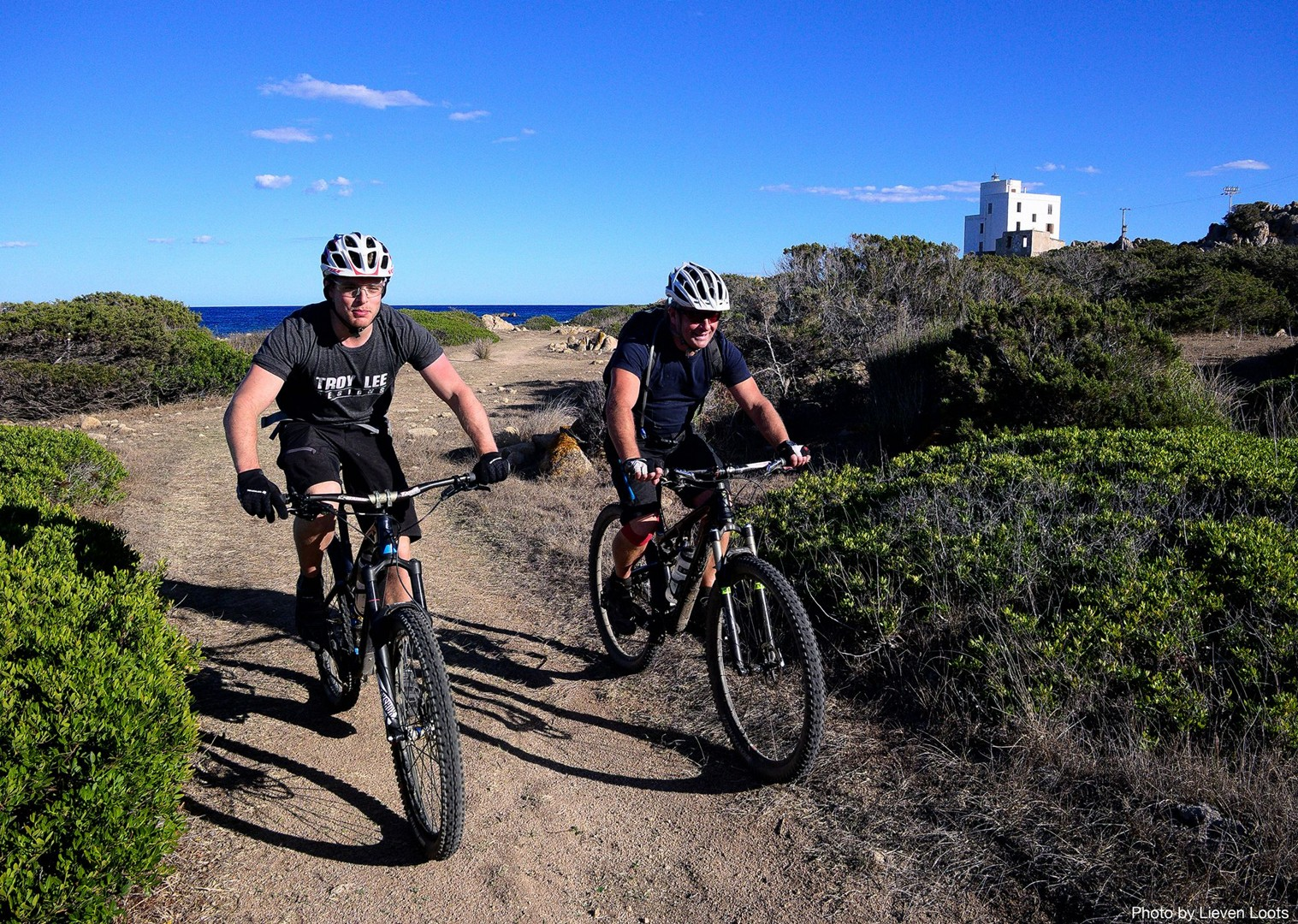 singletrack-below-perde-liana-pinnacle-mountain-biking-holiday-in-sardinia-traverse.jpg - Sardinia - Sardinia Traverse - Guided Mountain Bike Holiday - Mountain Biking