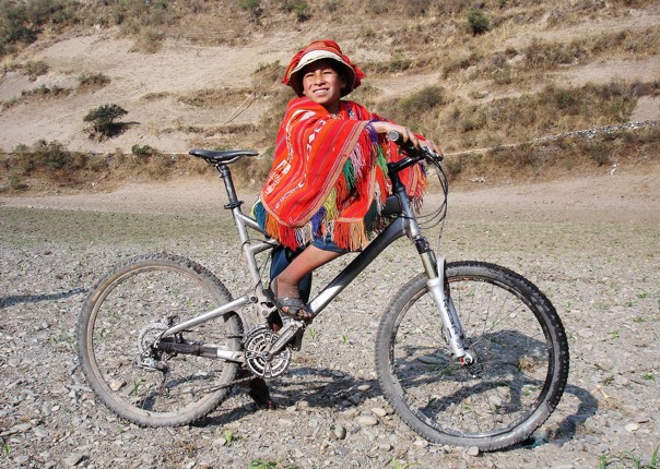 262a.jpg - Peru - Sacred Singletrack - Mountain Biking