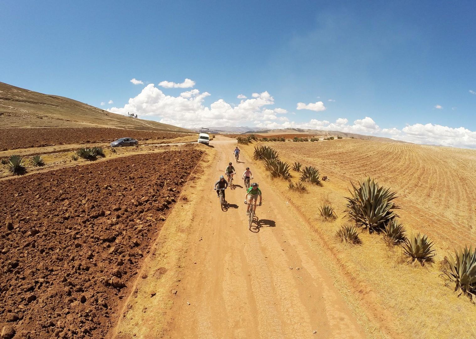 G0101054 (1).JPG - Peru - Sacred Singletrack - Mountain Biking