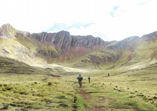 IMG_2208.jpg - Peru - Sacred Singletrack - Mountain Biking