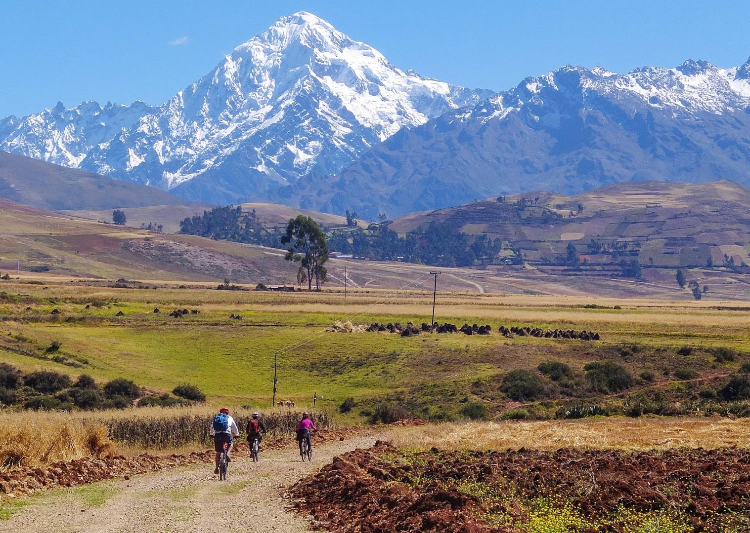 S0261689.jpg - Peru - Sacred Singletrack - Mountain Biking