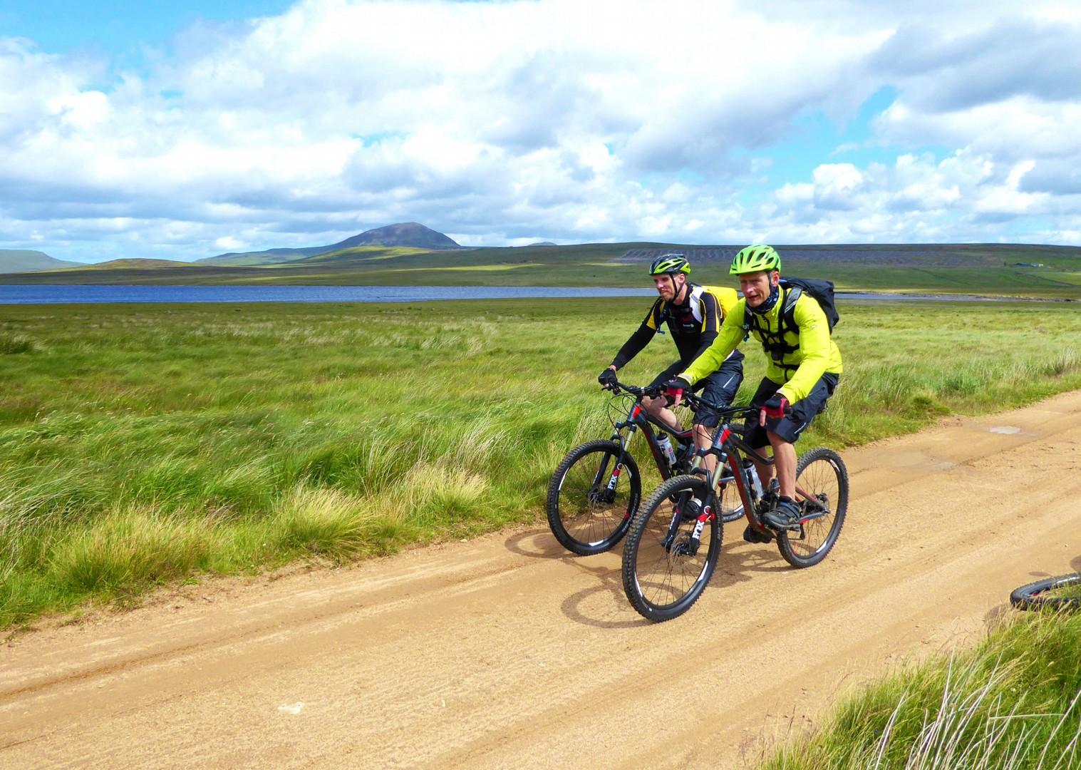flat-lakeside-terrain-explorer-cycling-trip-in-outer-hebrides-scotland.jpg - Scotland - Hebridean Explorer - Guided Mountain Bike Holiday - Mountain Biking