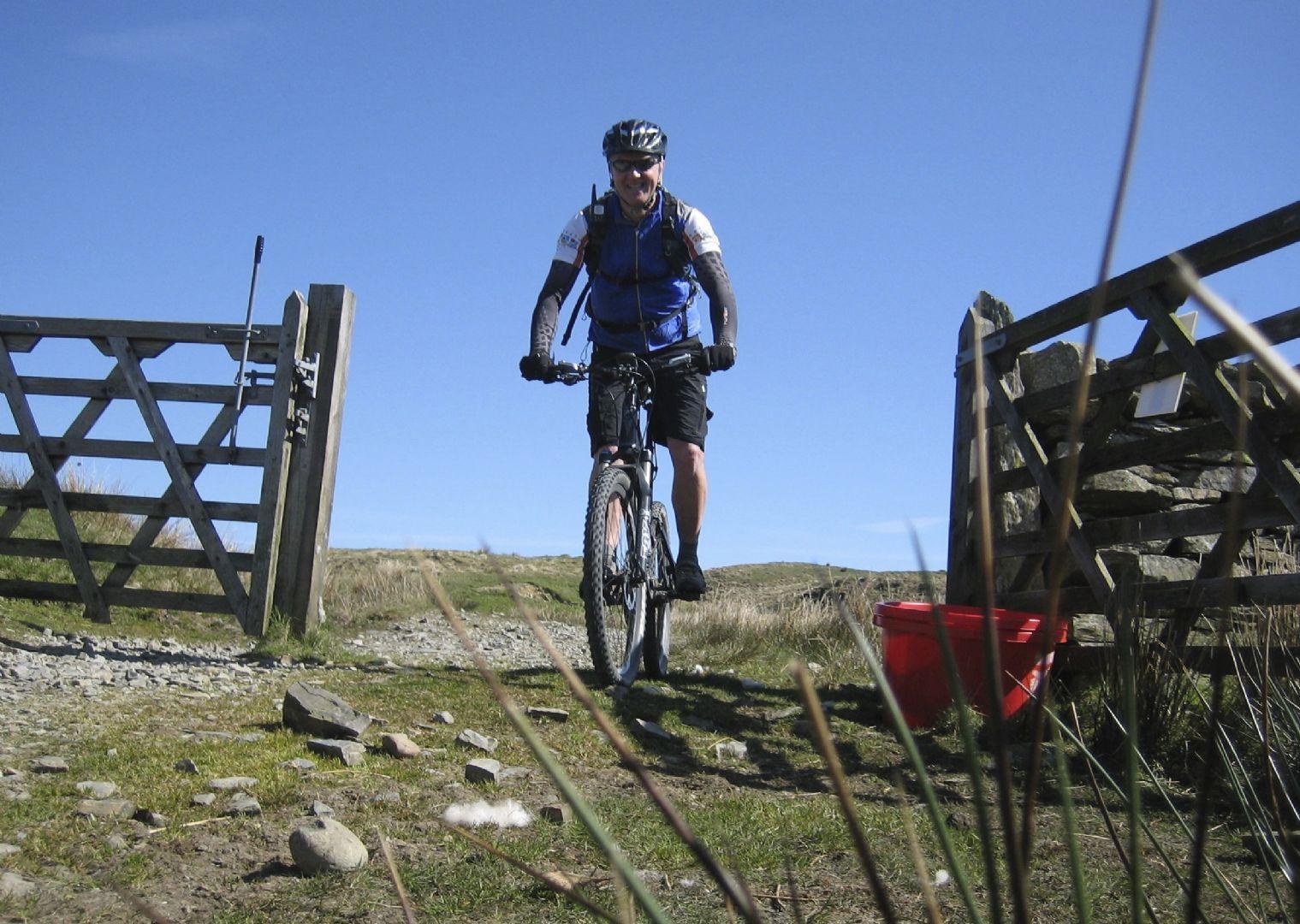 awesomeamblesidebiking6.jpg - UK - Lake District - Classic Coniston - Guided Mountain Bike Weekend - Mountain Biking