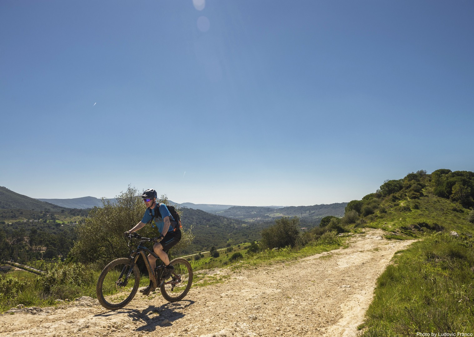 quiet-routes-hilltop-cycling-holiday-atlantic-trails-portugal.jpg - Portugal - Atlantic Trails - Guided Mountain Bike Holiday - Mountain Biking