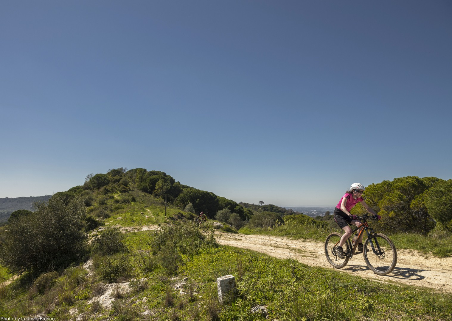 quiet-open-road-routes-cycling-holiday-portugal.jpg - Portugal - Atlantic Trails - Guided Mountain Bike Holiday - Mountain Biking