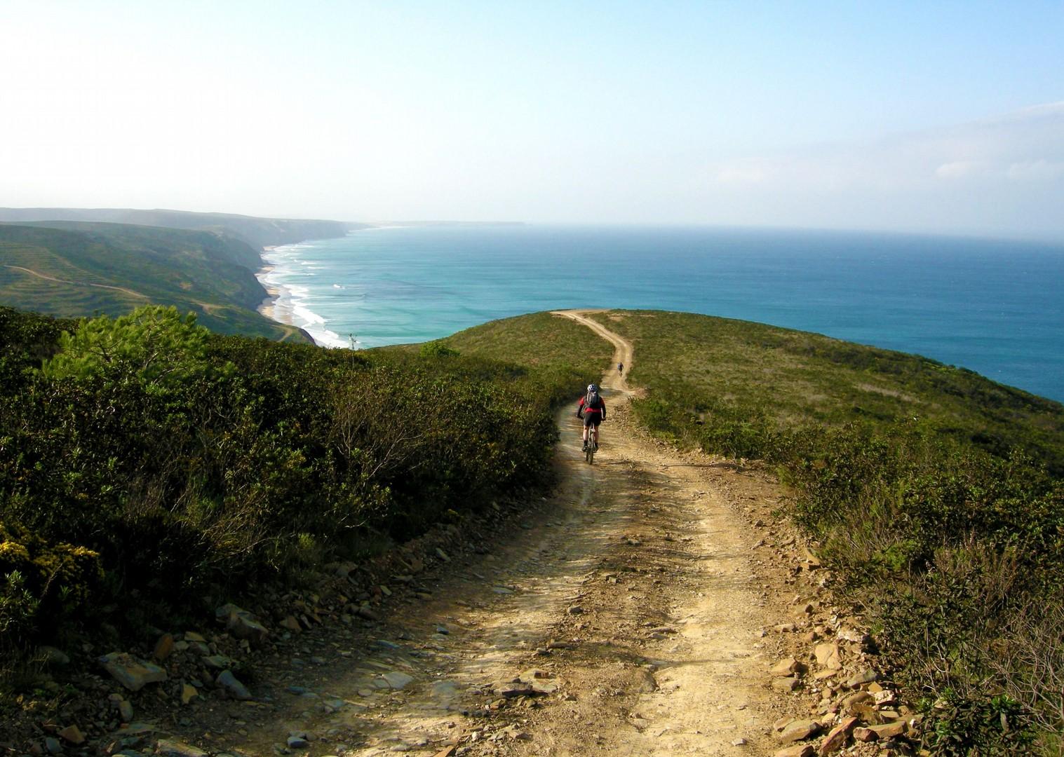 ocean-clifftop-trail-arrabida-natural-park-portugal.jpg - Portugal - Atlantic Trails - Guided Mountain Bike Holiday - Mountain Biking